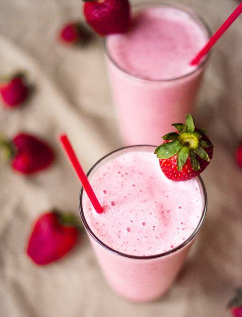 strawberry-protein-shake-2