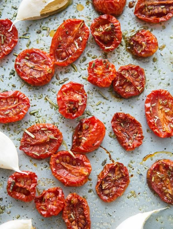 Slow-Roasted-Tomatoes-(3)