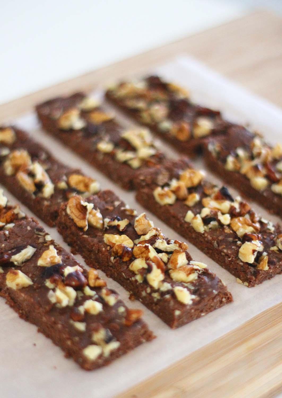 protein bar recipe - homemade protein bars - healthy protein dessert